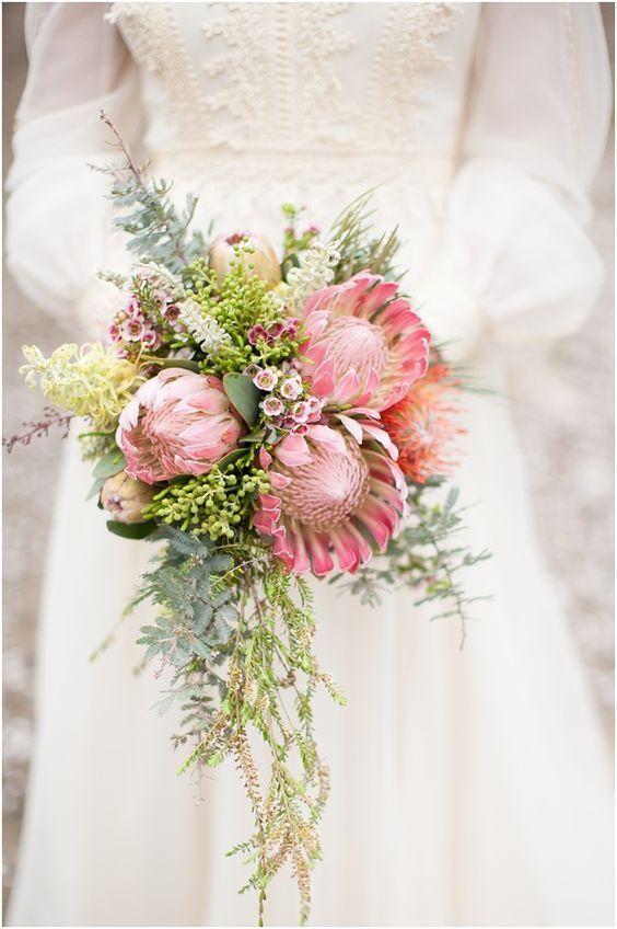 ふんわりカラーが秋らしい*〔くすみピンク〕がポイントの秋色ブーケ特集♡にて紹介している画像