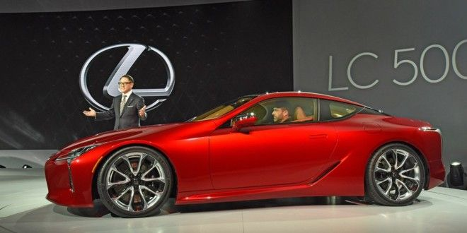 The Lexus brand presented on a showroom in Detroit a new flagman – Lexus  LC 500 Coupe. In the Lexus company say that the design, characteristics and skill of execution of this car give the most complete idea of in what direction the brand will develop.