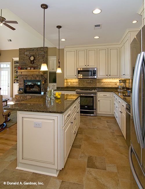 An open floor plan and plenty of storage makes this a dream kitchen. The Whitcomb #1218-D.