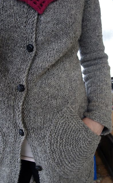 Argo knit cardigan pattern - LOVE the pockets, plus it's a contiguous construction, which I've been wanting to try