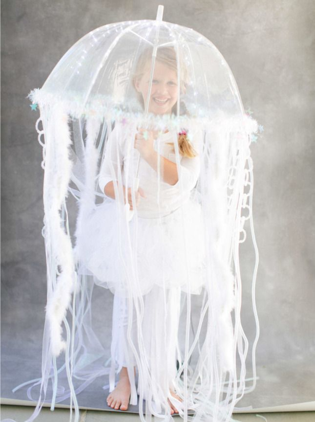 How cool is this homemade jellyfish costume?