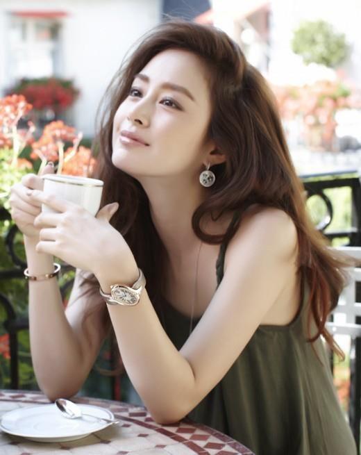 Kim Tae Hee (Saem Mool Jung makeup)