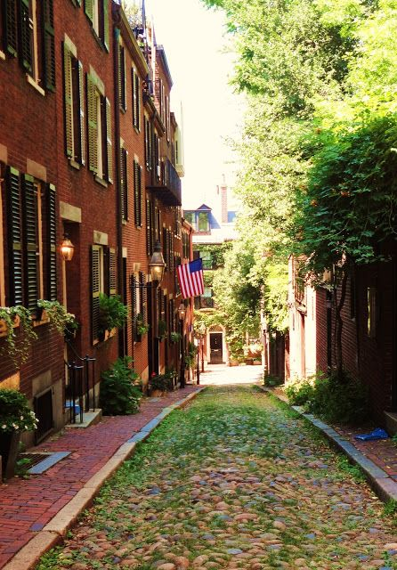Beacon Hill, Boston, Massachusetts. Good place for dance pictures.!!!!!!!!!!!!!!