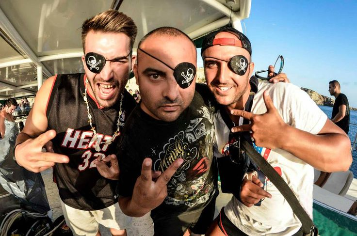 N'avez-vous jamais rêvé d'une fête en bateau à Ibiza pour votre enterrement de vie de garçon ?