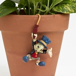 Jiminy Cricket Pot Hanger by Jim Shore. Love the pot hangers! Got my mom the Tink for her birthday!