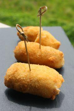 Croquetas de Jamón Ibérico de Alberto Chicote http://www.pinterest.com/sopadecalabaza/delicias-saladas/