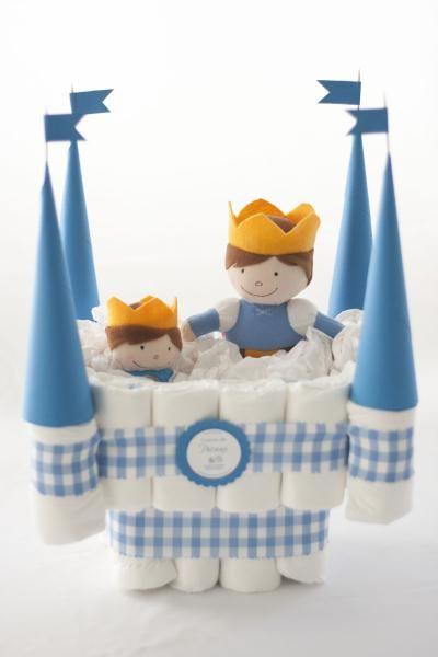 Castillo  de pañales modelo príncipe