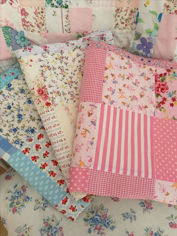 Pretty patchwork quilts for sale £24.99
