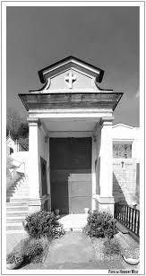 Cimitero di Agliè (TO)    Tomba della famiglia Gozzano ove venne tumulato il poeta Guido Gozzano prima di essere traslato nella Cappella di San Gaudenzio limitrofa al cimitero il 26 settembre 1951