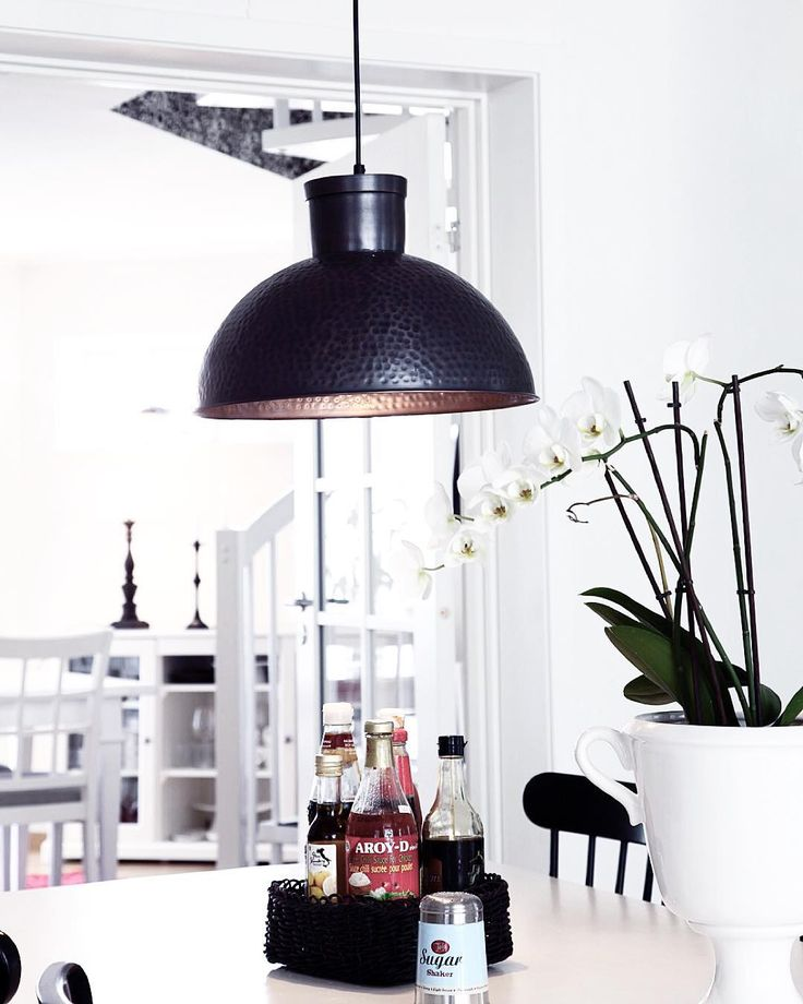 Hanging lamp Chandi - By Rydens in dark bronze  #sessak #sessaklighting #byrydens #interior #sisustus #interiordesign #nordicinspiration #valaisin #interior123 #scandinaviandesign #sisustusinspiraatio #nordigdesign #whiteinterior #luminaire #lighting