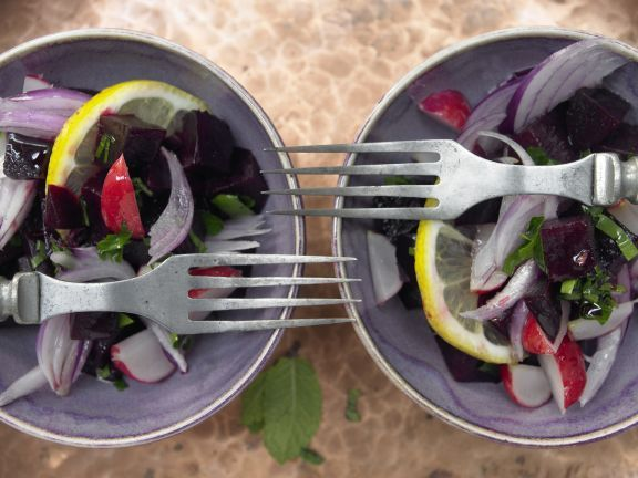 Lebanese Beet Salad with Lemon, Herbs, and Pomegranate Syrup | Eat Smarter