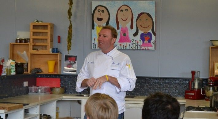 """Culinary Diplomacy Chef Tory McPhail visited Melbourne's Auburn South Primary School on 26 June 2014 as part of a tour of Australia to promote U.S. cuisine and celebrate Independence Day. As the executive chef of the iconic Commander's Palace in #NewOrleans, Tory is well known for his """"dirt to plate within 100 miles"""" policy which strives to source 90% of the restaurant's produce from within 100 miles of the back door. #DiscoverUSA #foodstoriesusa"""