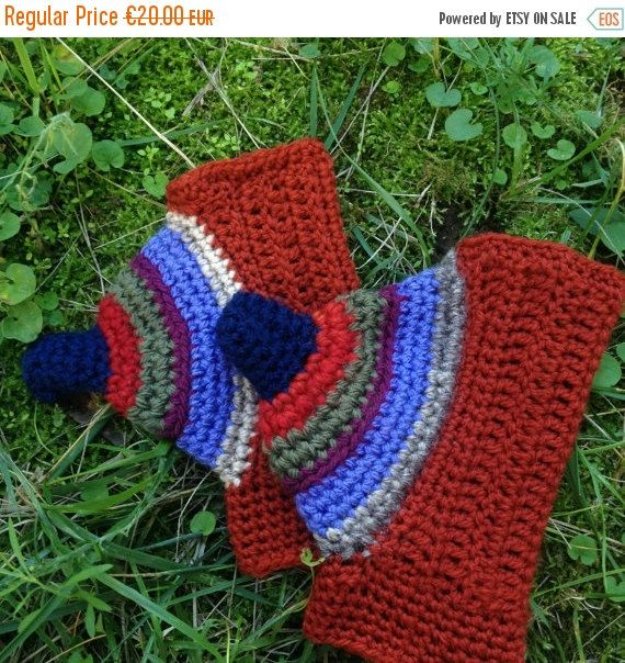 ON SALE 50% Off Fingerless gloves freeform by PixiesFairies