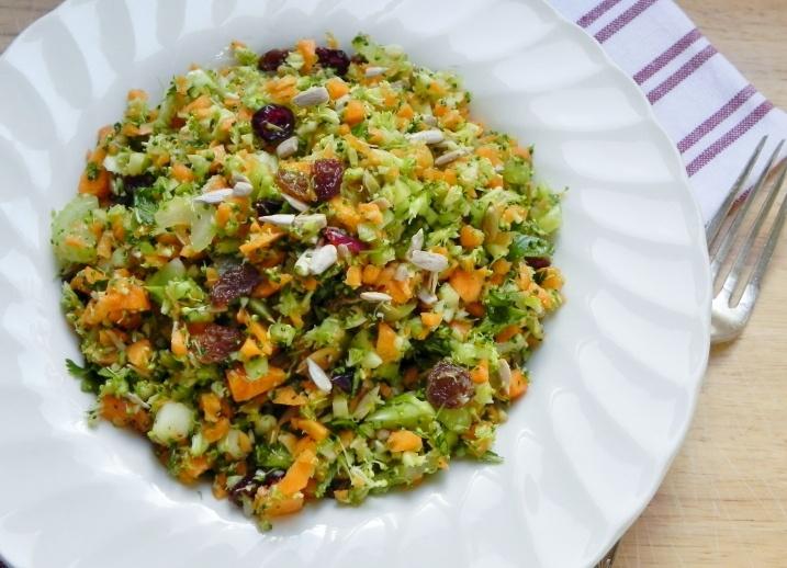 Chopped Broccoli Salad: Broccolisalad, Chops Broccoli Salad, Food Real, Broccoli Salads, Voraci Vander, Meals Ideas, Cal Recipes, Carrots Salad, Foodies United