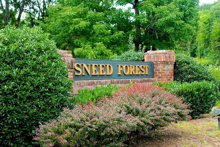 Click the following link to view a Sneed Forest-Franklin, TN homes for sale MLS search, information about the neighborhood and video tour. http://www.1410group.com/2015/01/05/sneed-forest-franklin-tn-homes-for-sale/