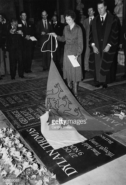 Aeronwy Ellis unveiling the memorial to her father Dylan Thomas at Poet's Corner, Westminster Abbey, March 1st 1982. St David's Day.