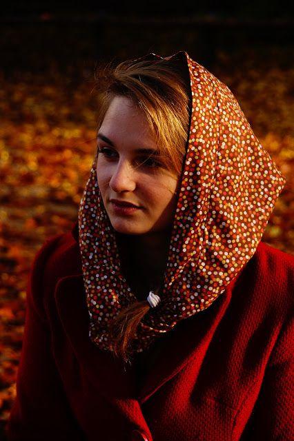 Gesehen und Gesehen werden: Kapuzenloop - Loop scarf with hoodie - free pattern (click Schnittmuster) step by step photo tutorial - Schritt für Schritt Bild-Anleitung