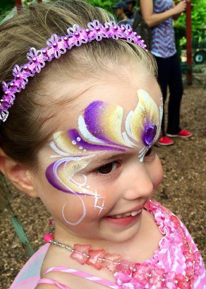 Reemi Hellou fairy face paint design
