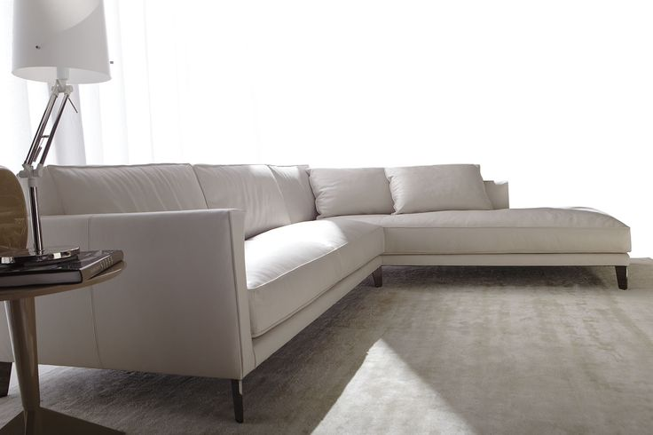 Sectional sofa made by hand in Meda Berto Laboratory - Time Break leather sofa #madeinitaly