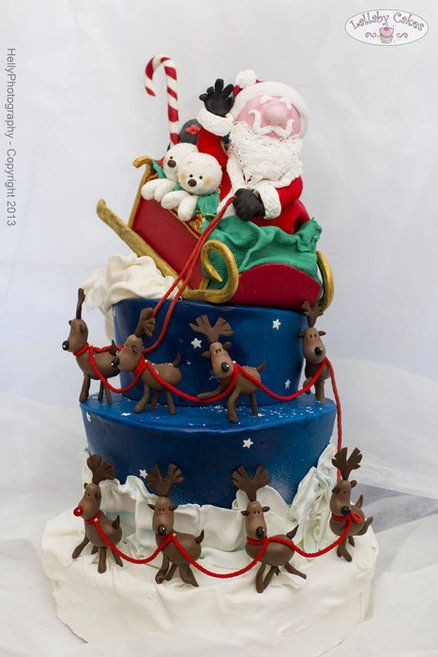 Santa is coming to us Cake by lallabycakes