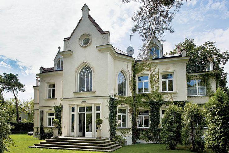 Neogotycka willa, fot. Rafał Lipski #gotycki #neogotycka #willa #dom #rezydencja #projekty #stare  #old #vintage #house