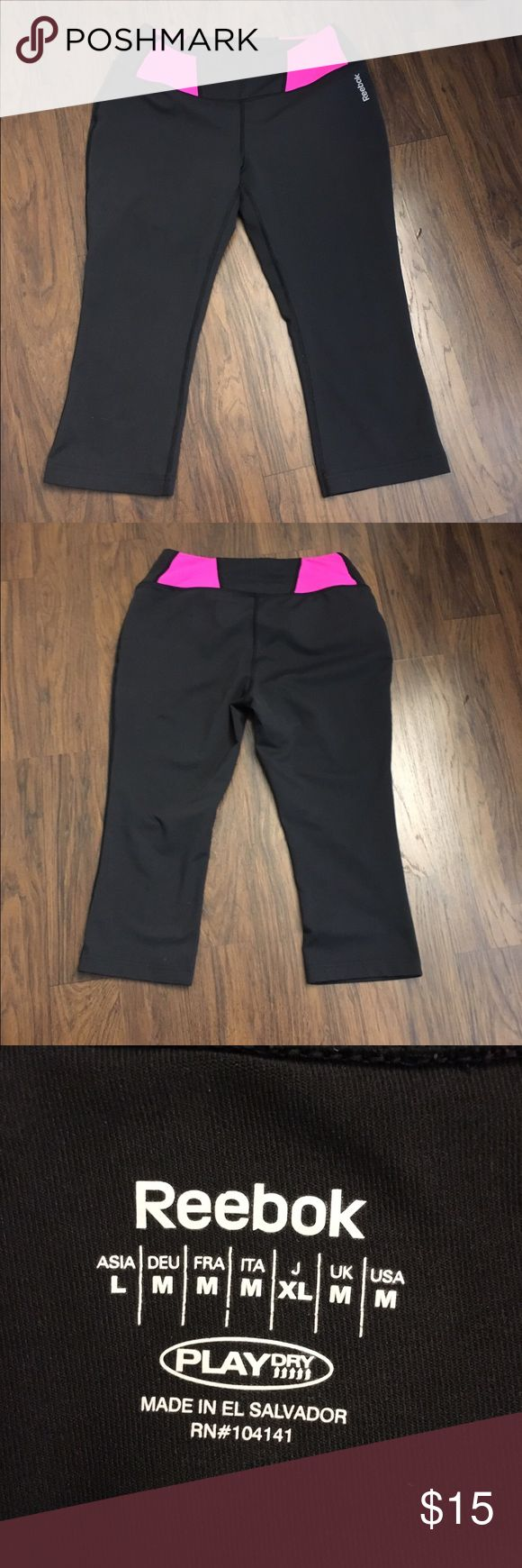 Workout capri leggings Like new Reebok capri leggings Reebok Pants Leggings
