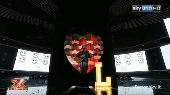X Factor - Lorenzo interpreta De Gregori