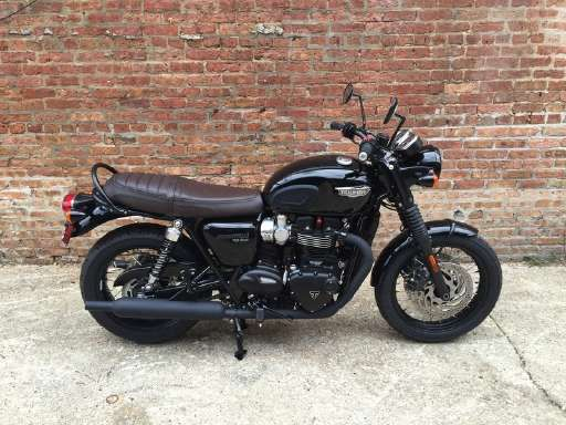 Check out this 2016 Triumph Bonneville T120 Black listing in Chicago, IL 60608 on Cycletrader.com. It is a Standard Motorcycle and is for sale at $11500.