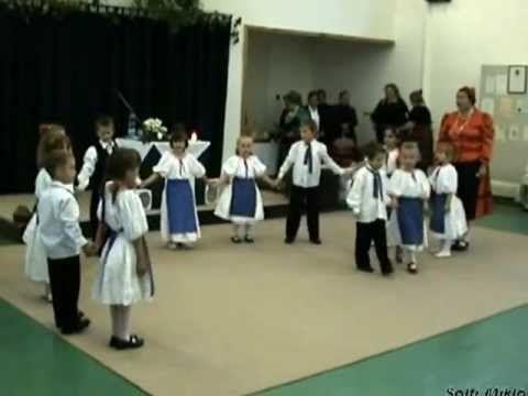 Rakoncátlan gyermek tánccsoport - Libás játék