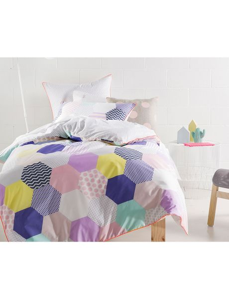 Hiccups Patches Duvet Cover Set, Purple product photo