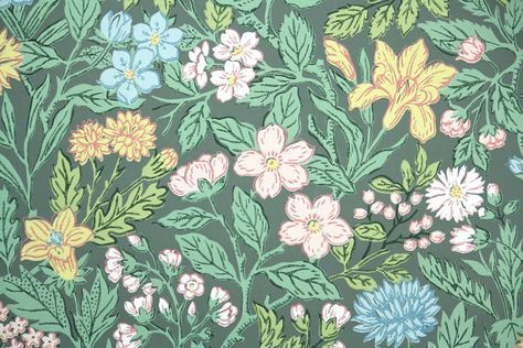 1940's Vintage Wallpaper - Vintage Floral Wallpaper Pink Yellow and Blue Flowers on Green