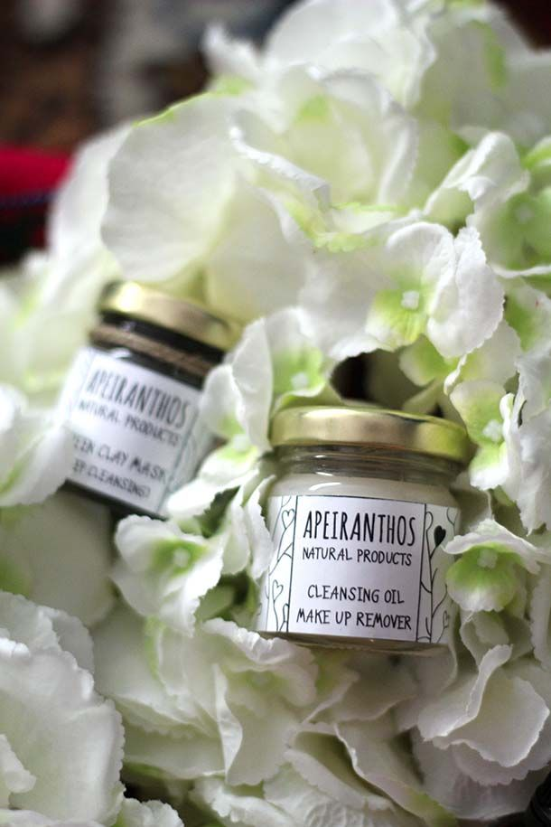 See full post here: http://blog.karavanclothing.com  Photo by: http://teapot.gr  #apeiranthos #natural #cosmetics #coconut #makeupremover #cleansing #oil #beauty #skincare