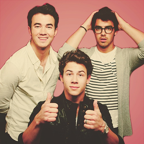 Jonas Brothers...... aw come back