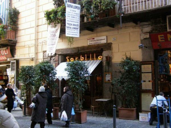 Pizzeria Sorbillo in Napoli, Campania