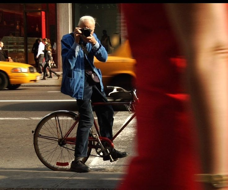 BILL CUNNINGHAM | by LeStudio1 - 2016  https://www.flickr.com/photos/lestudio1/27628666090/in/dateposted/