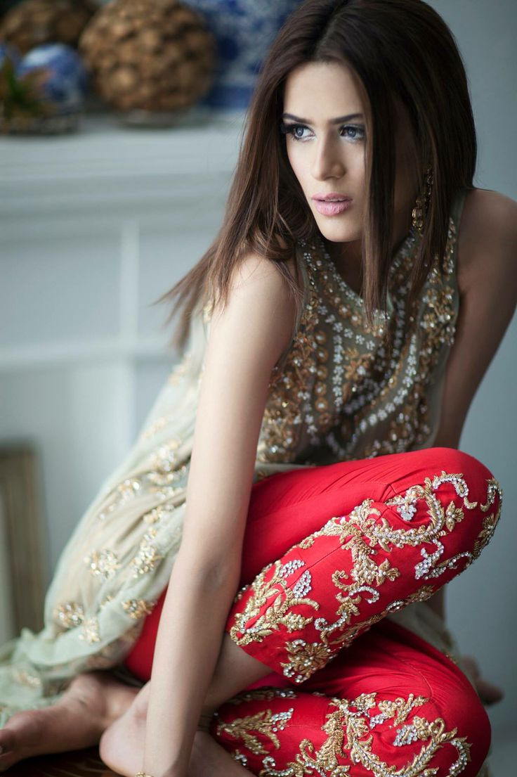 Modern dress of pakistan 2016 - Find This Pin And More On Pakistani Fashion