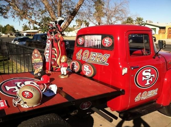 Fans' 49ers-themed Vehicles