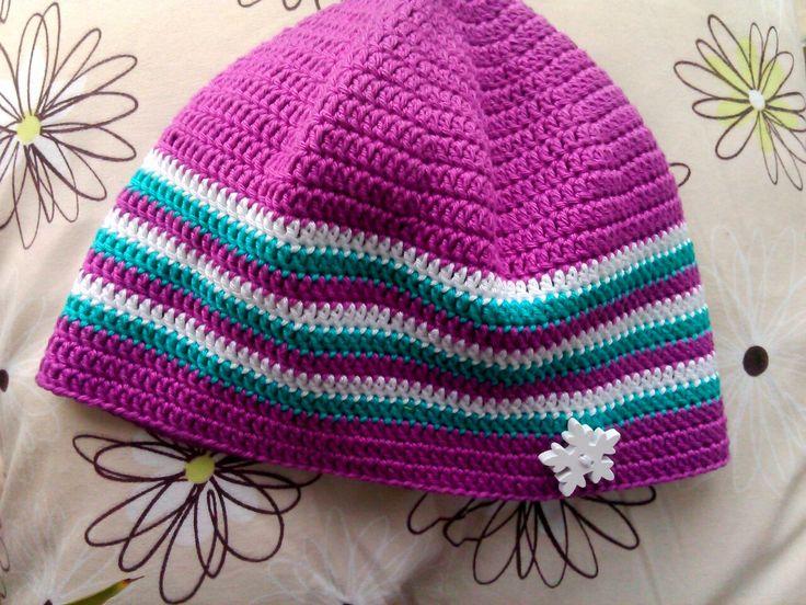 háčkovaná čepice s knoflíkem/Crochet cap with button