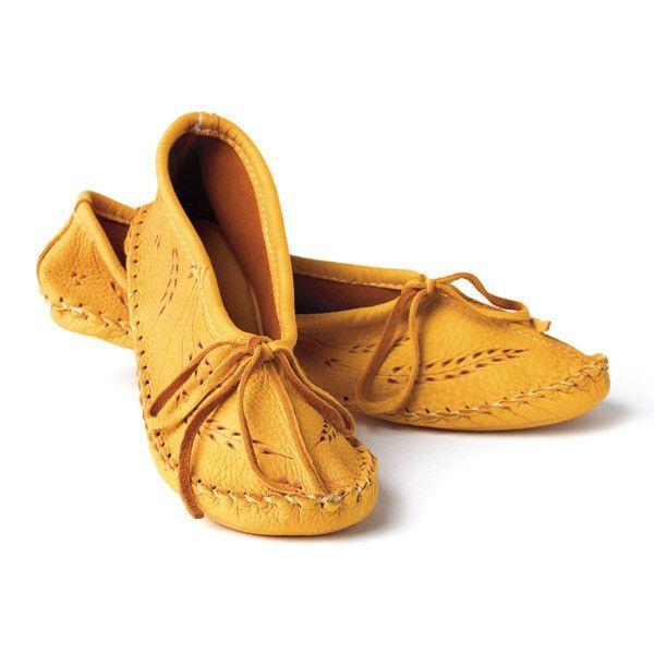 manitobah slippers