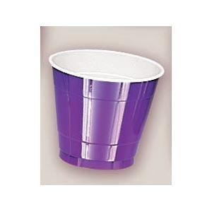 Plastic Purple Cups. There are 20 Plastic Cups per package. These 9 ounce cups come in 22 colours to match any theme or event.