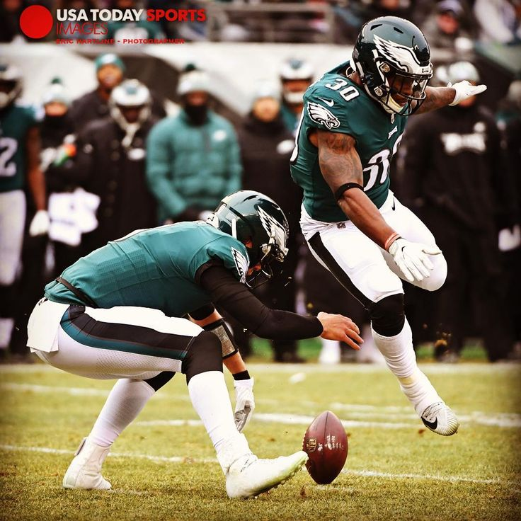 Ready for the playoffs? Dec 31 2017; Philadelphia PA USA; Philadelphia Eagles quarterback Nick Foles (9) fumbles the snap as running back Corey Clement (30) tries to avoid running into him during the first quarter against the Dallas Cowboys at Lincoln Financial Field. Mandatory Credit: Eric Hartline-USA TODAY Sports #fumble #nfl #philadelphiaeagles #eagles #flyeaglesfly #eaglesnation #nickfoles #philly #football #sports #usatodaysports