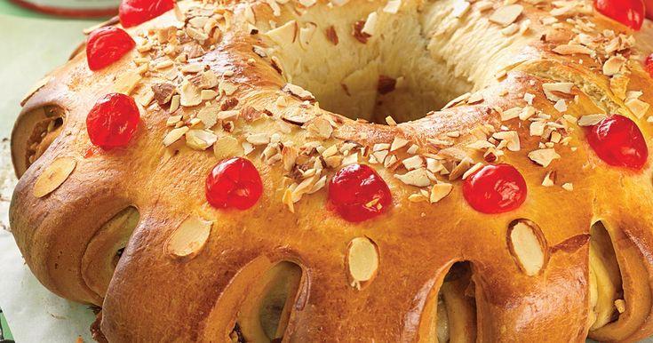 Three King's Cake (Rosca de Reyes or Rosc&#242n de Reyes) Recipe | King Arthur Flour