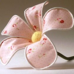Learn how to make these sweet fabric flowers using floral wire.http://www.abernathycrafts.com/2012/05/fabric-flower-tutorial.html