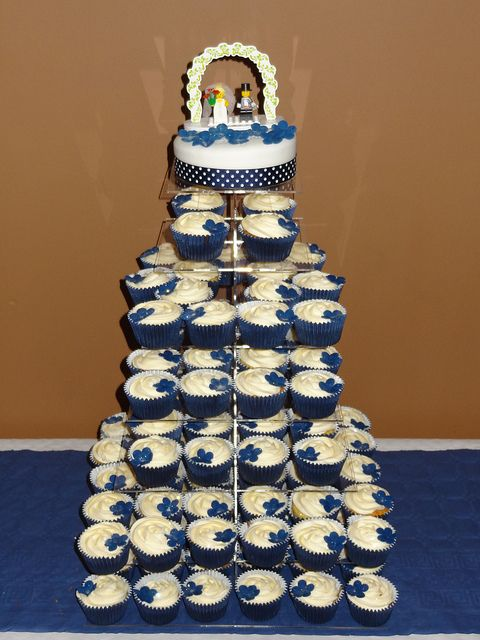 navy wedding cake stand 171 best our cupcake stands in images on 17792