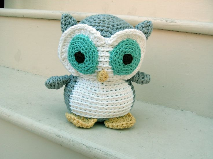 It's Tip Tuesday! Today, I'm going to share my trick for cutting down on the crochet-time of an adorable stuffed animal! We've all been there before: you have a baby shower/birthday party/event to go to this weekend, you want to crochet an adorable stuffed animal, but you don't have a lot of time. What can you do? You can slash