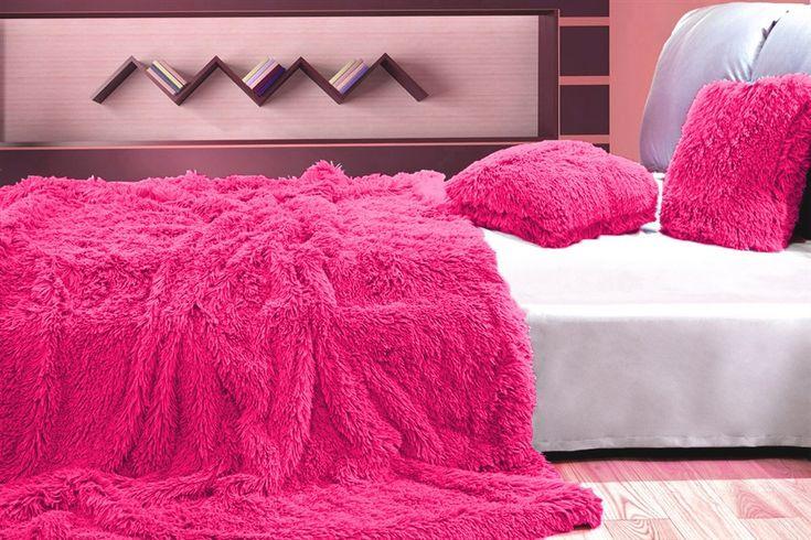 Luxusní chlupaté deky a přehozy růžové barvy