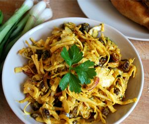 Fruity Curry Coleslaw: 75 Kcals Per Serving