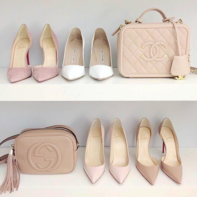 Blush pumps + Chanel and Gucci bags? We are in love.