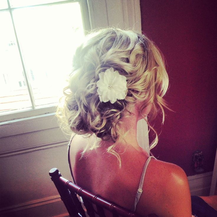 Messy bridal hair. Beachy wedding hair. Ash and co. Charleston sc