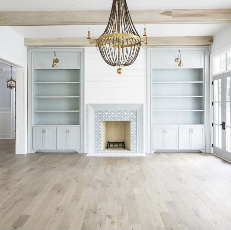 Cabinets And Fireplace Surrounds: Best 25+ Fireplace Surrounds Ideas On Pinterest